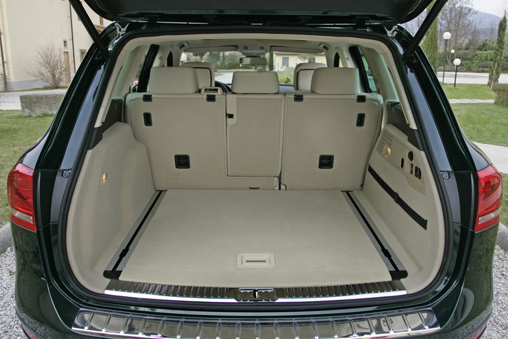 gut grafik und text camper illustrierte vw touareg v6 tdi das power paket. Black Bedroom Furniture Sets. Home Design Ideas